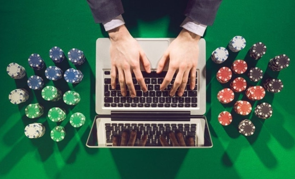 Online Poker Is The Most Famous Casino Game In The USA – Gambling
